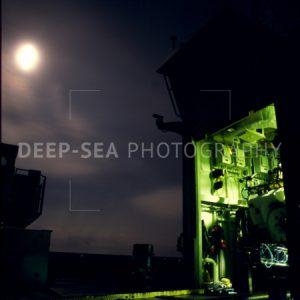 alvin sub at night