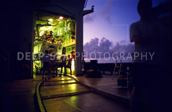 alvin submarine launch
